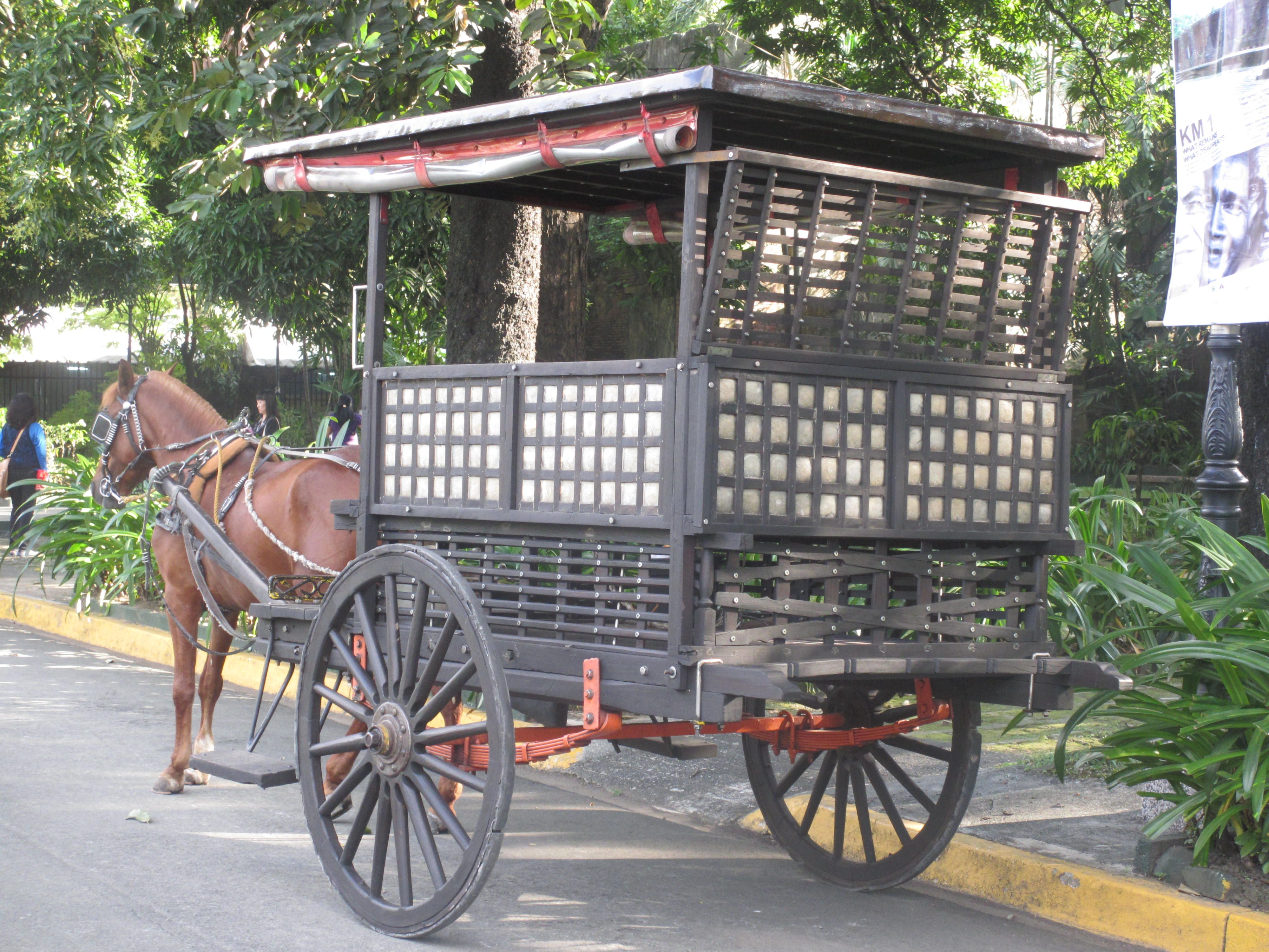 Kalesa, form of transportation in the Philippines before cars were ...