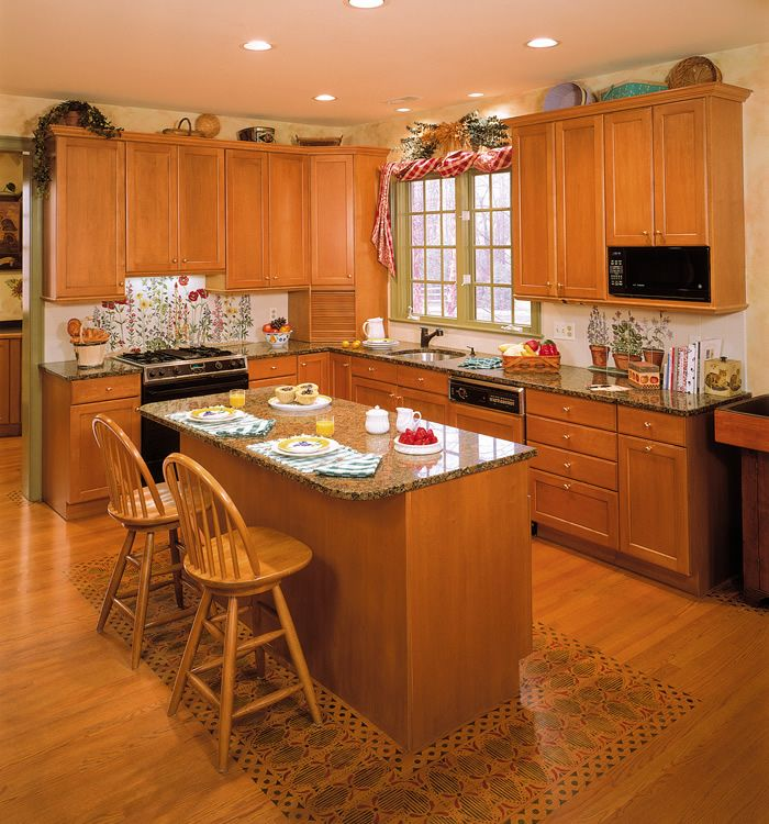 Hickory Cabinets In Universal Design Kitchen Photo