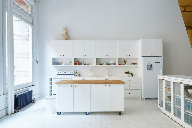 8 Examples Of Kitchens With Movable Islands That Make It Easy To Change The Layout Portable Kitchen Island Mobile Kitchen Island Kitchen Island On Wheels