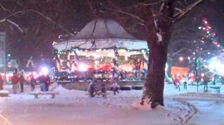 Fairfield, Iowa. Central Park at Christmas.