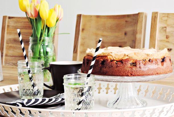 [FOOD] Rhabarberkuchen mit Baiserhaube