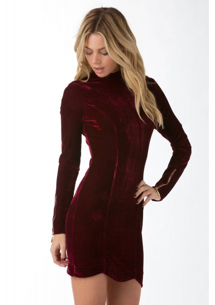 This dress is so perfect for the season.