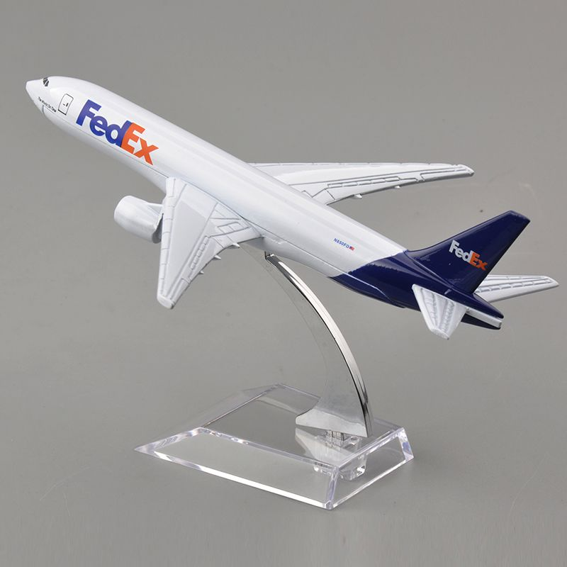 16 CM Long Brand New 1/400 Scale Airplane Models Fedex