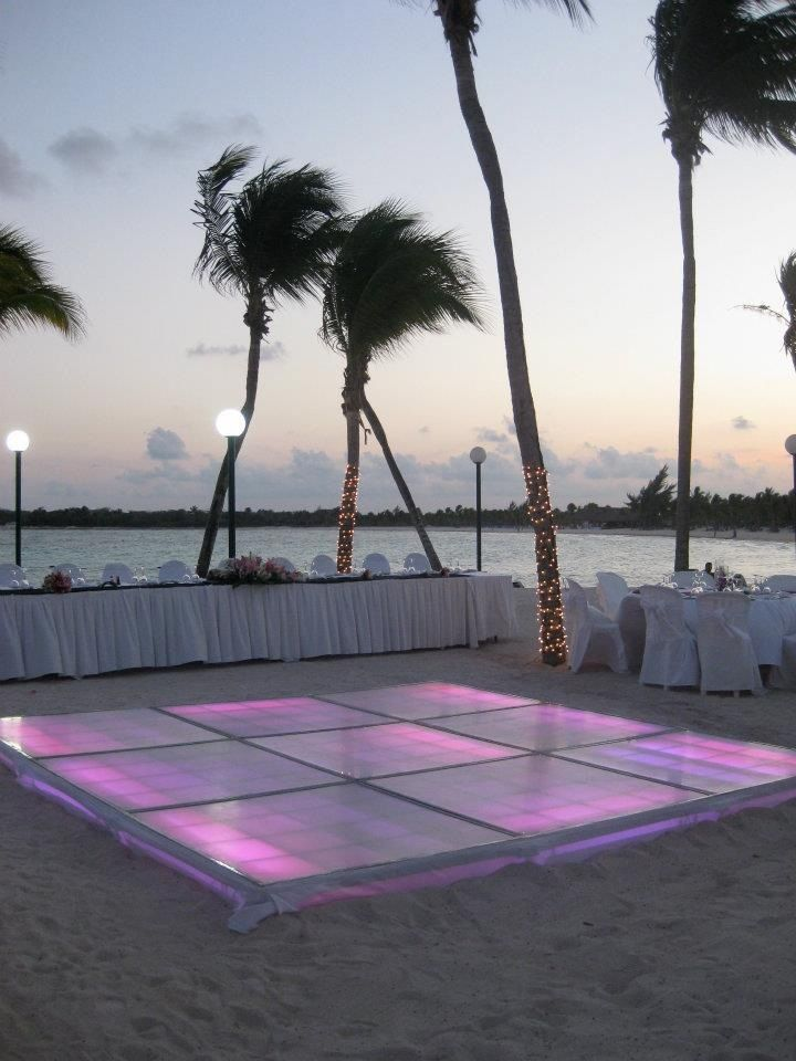 Beach reception with lighted dance floor...the dance floor would need to be a bit bigger tho!! :D