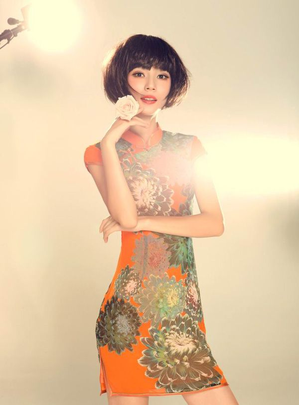 Large Scale Flowers Orange Cheongsam / Young Chinese Girl