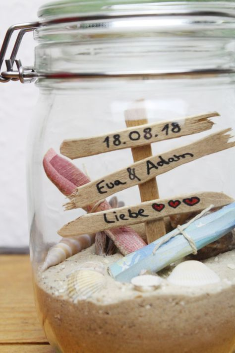 Photo of DIY wedding gift Simple gift idea in a glass