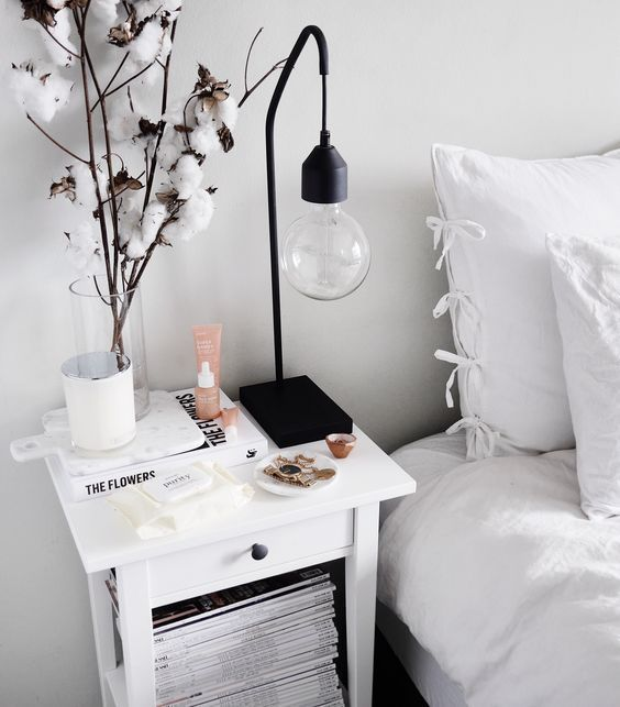 6 dreamy tips to style your lovely nightstand daily dream decor rh pinterest com