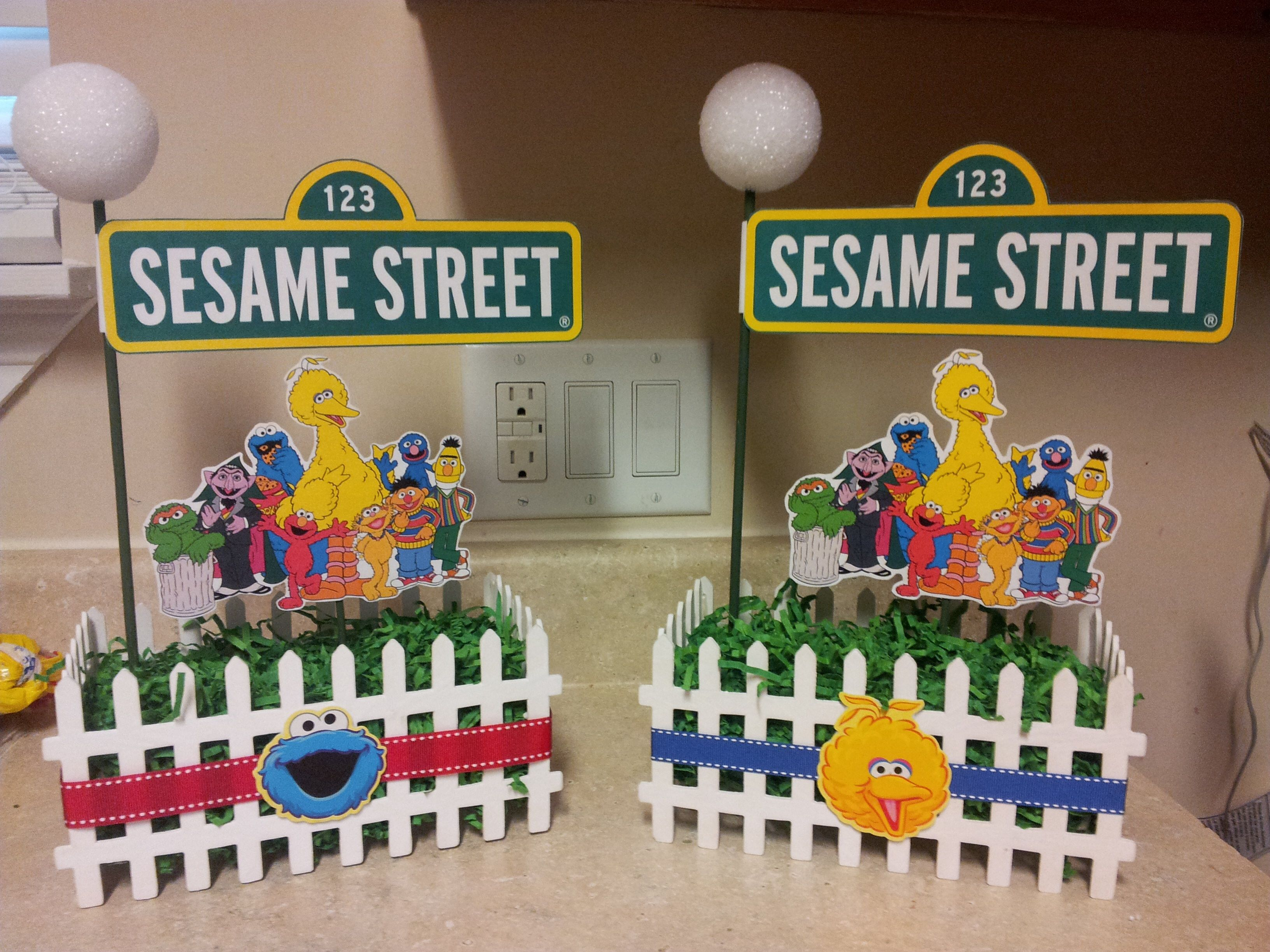 Elmo 1st birthday party ideas birthday party sesamestreet - Birthday Party Ideas Sesame Street Centerpieces