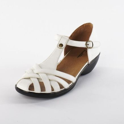 43a38061bb Tradition®/MD Women's Leather-look 'Sylvia' Fisherman-Style Sandal - Sears  Canada, $25