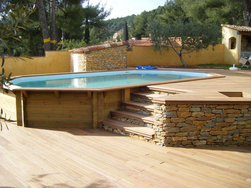piscine bois octogonale allong e semi enterr e toulon var. Black Bedroom Furniture Sets. Home Design Ideas
