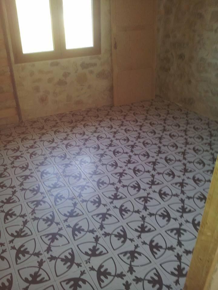 Azulejos y suelos hidr ulicos de imitaci n la gu a completa dise os de interiores y azulejos - Azulejos y suelos ...