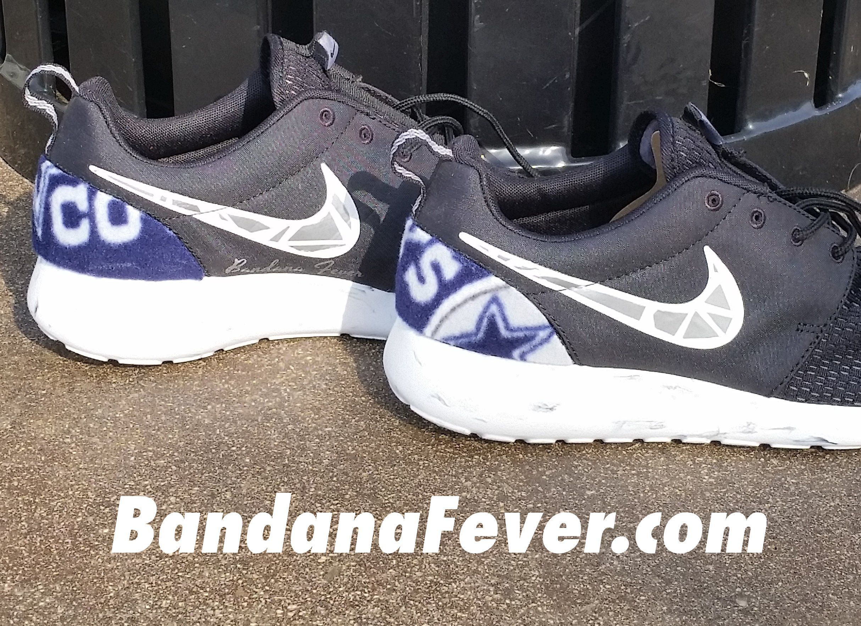 Customized Metallic Silver Prism Dallas Cowboys Nike Roshe Sneakers Men S Black Size 10 5 Sneakers La Str Nike Shoes Roshe Custom Nike Shoes Nike Roshe