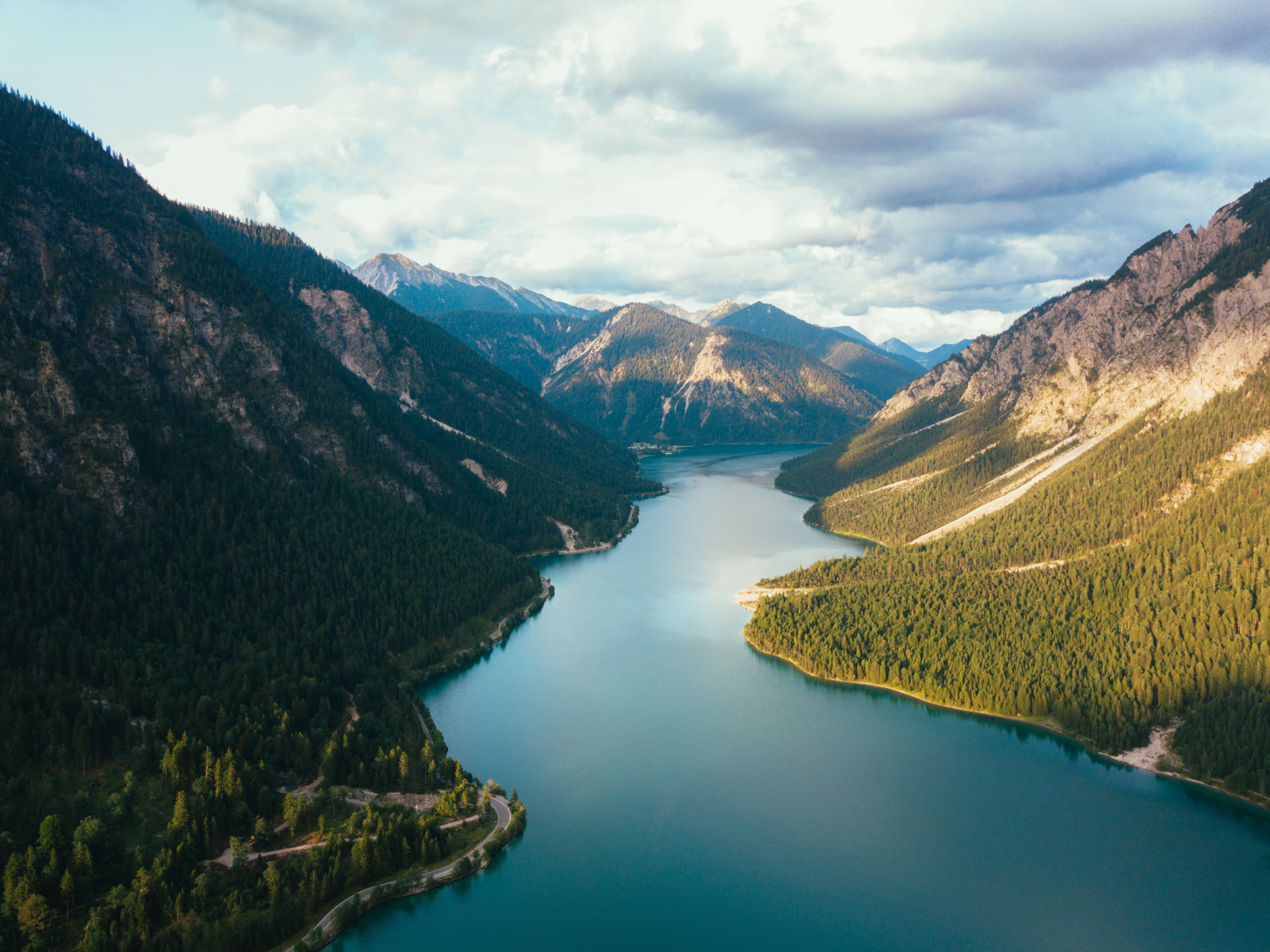 Landscape River Lake And Mountain Hd Photo By Johannes Ludwig Jlu On Unsplash Landscape Pictures Landscape Mountain Images