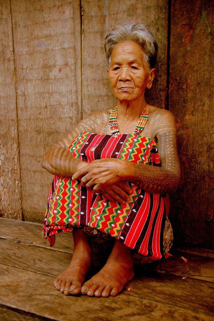 Old philippine women — img 3
