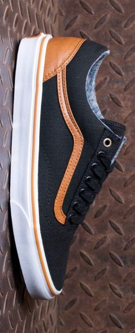 Vans Old Skool Shoes (Canvas and Leather) BlackWashed