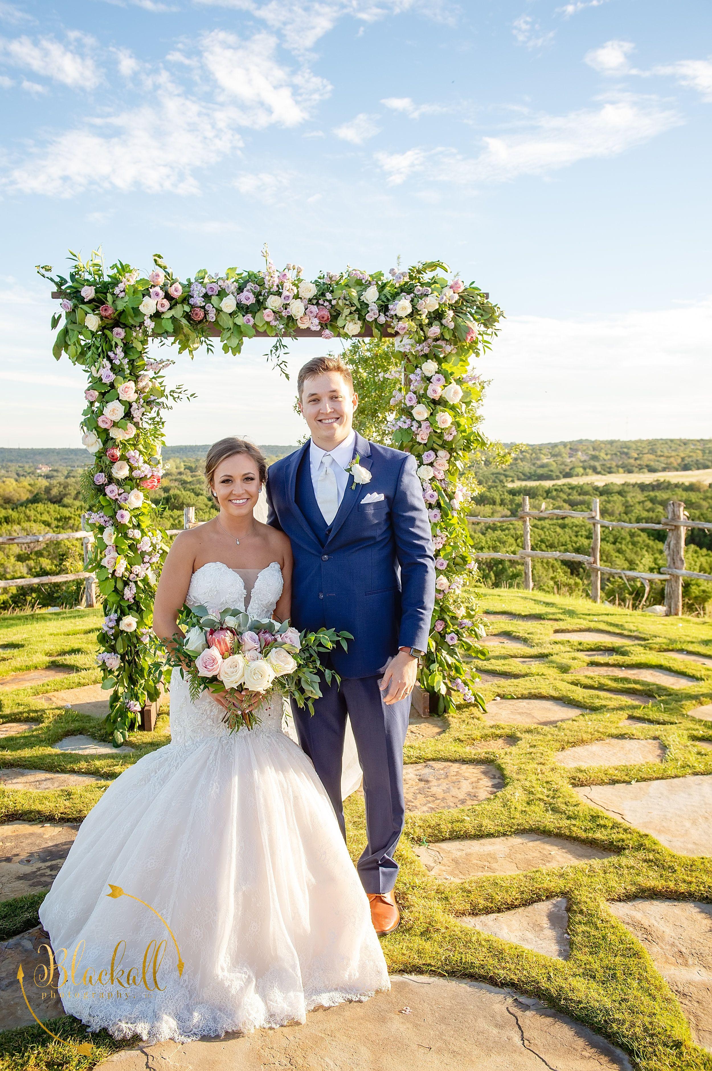 """""""I do"""" overlooking Texas hills&vineyardElegant wedding"""