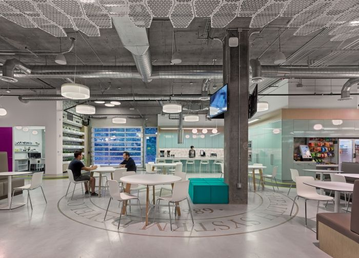 1000 images about offices workspaces on pinterest office designs retail design and empire state building awesomely neat brazilian design milbank office
