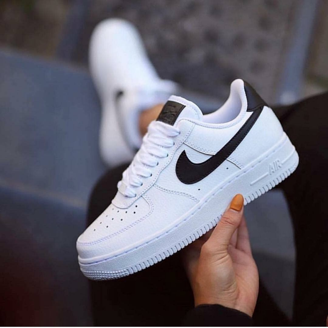 ponerse en cuclillas voltaje Literatura  Nike air shoes, Nike shoes air force, Hype shoes