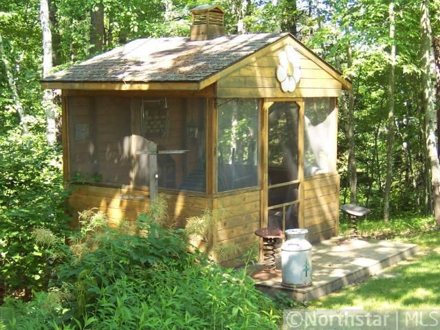 Screen House - gotta have one in the woods! & Screen House - gotta have one in the woods! | RUSTIC LANDSCAPE FOR ...