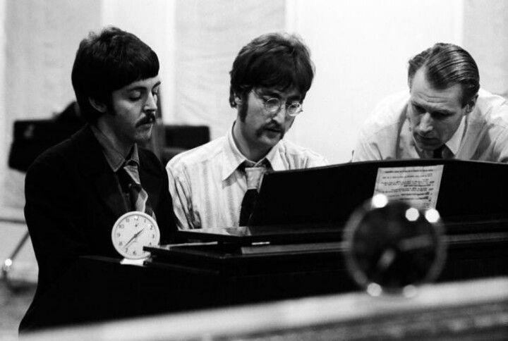 Paul John George Martin The Beatles Beatles Photos Lonely Heart