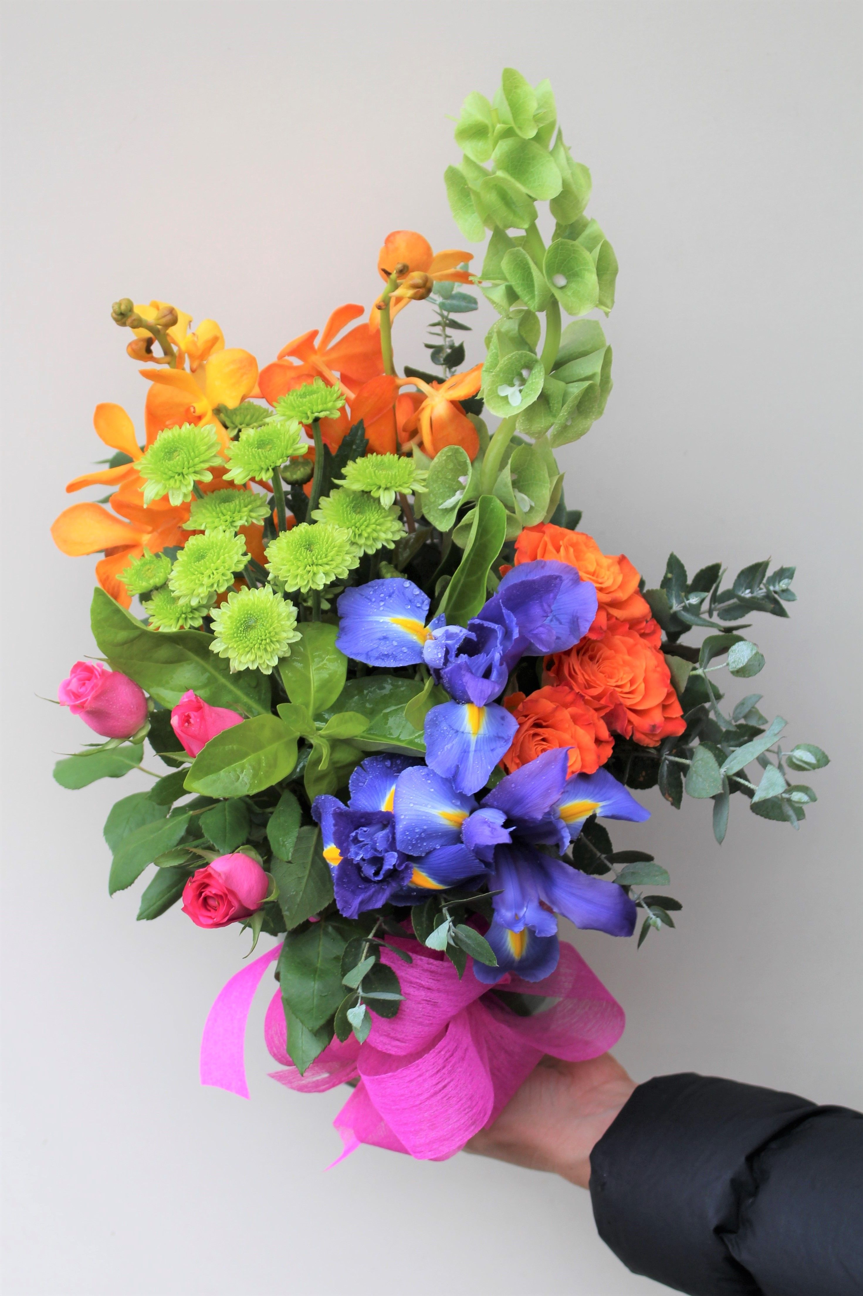 Sparkling Love with Vase in 2020 Online flower delivery