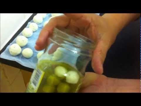 طريقة عمل اللبنة بالنكهة الفلسطينية How To Make Arabic Labneh Syrian Food Middle Eastern Recipes How To Make Cheese