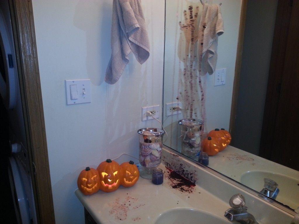 DIY Halloween Bathroom Decor Or How Chrissy is SERIOUSLY Twisted - scary halloween decor