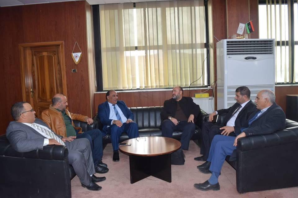 تطوير شركة هاتف ليبيا على أجندة مدير منطقة اتصالات الخليج وعميد سرت Libya