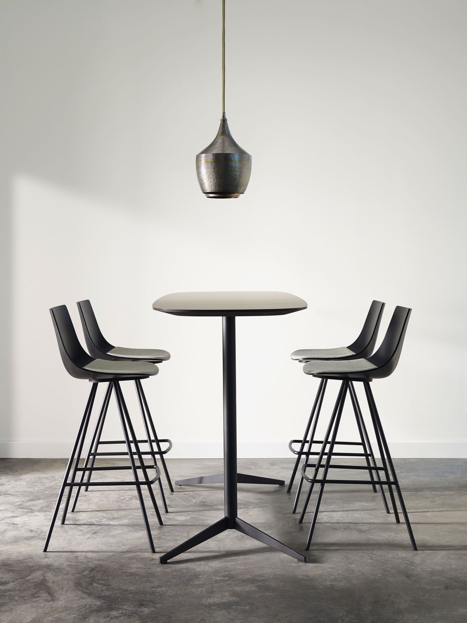 Davis Furniture Join Barstool Seating Barstools Silver Award