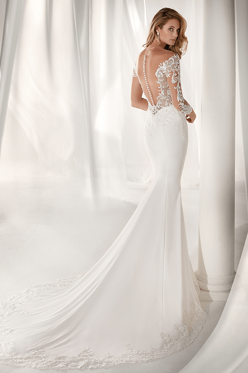 Lace arm wedding dress  Sweetheart spandex tight mermaid wedding gown with lace sleeves