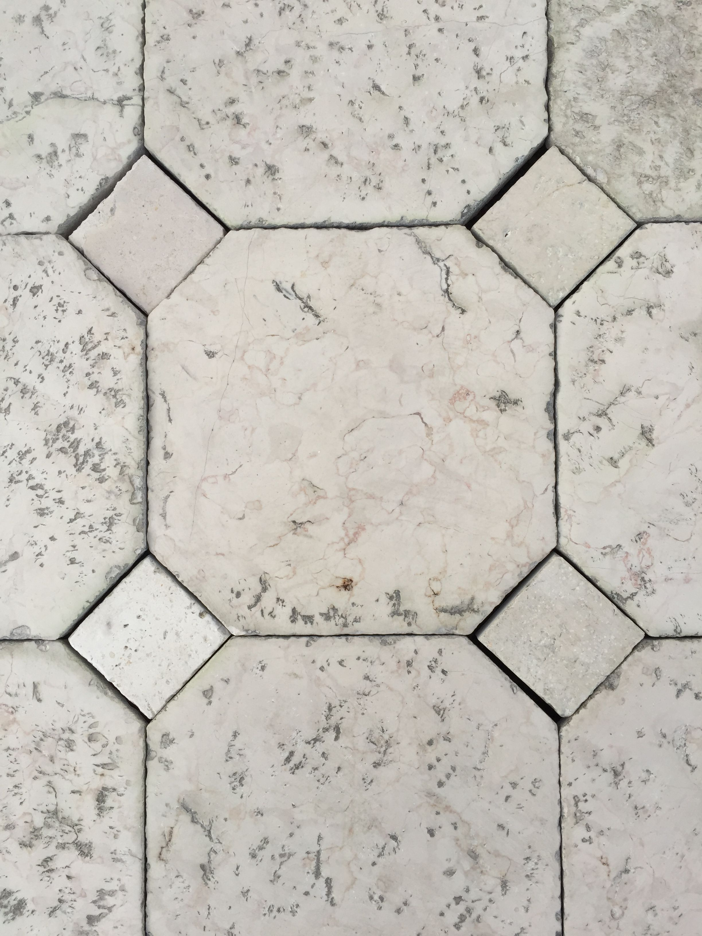 Antique italian limestone floor tiles http antique italian limestone floor tiles httpnaturalstoneconsulting dailygadgetfo Gallery