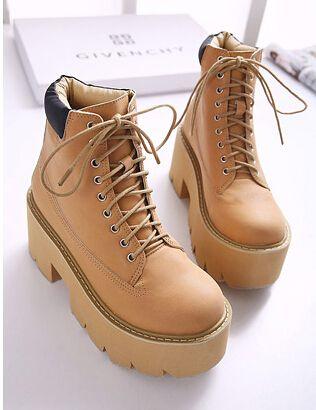 c8068778 Стильные зимние женские ботинки на шнурках. Массивный каблук и платформа.  Черные и коричневые модные ботинки.