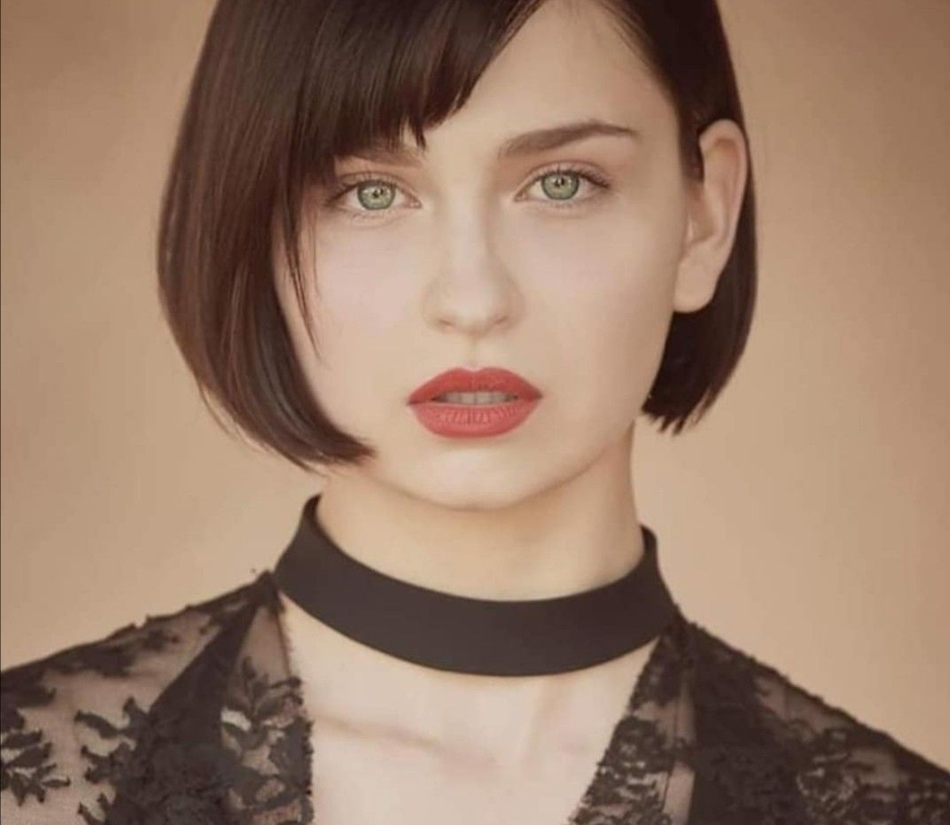 Naty Bory Anastasia Gntm2020 Official In 2020 Franzosische Frisuren Germanys Next Topmodel Next Topmodel