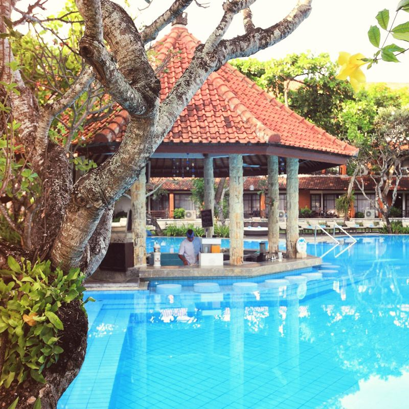 Bali Beach House: Why Get Out Of The Water When Swim-up Bars Exist At Sol