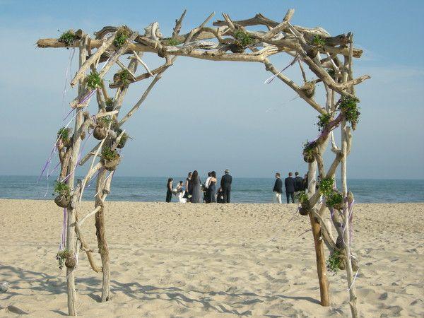 Crm Design Hamptons New York Beach Wedding Arch Driftwood Wedding Arches Wooden Wedding Arches