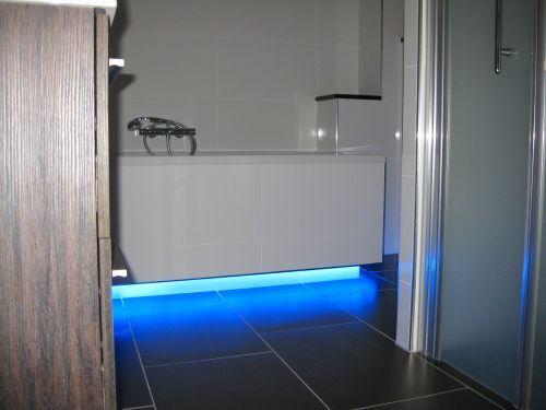 Badkamer led strips verlichting ledstrip specialist