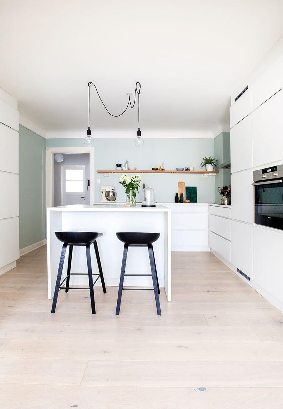 Da en renovering skabte drømmehjemmet | Scandinavian kitchen, Cosy ...