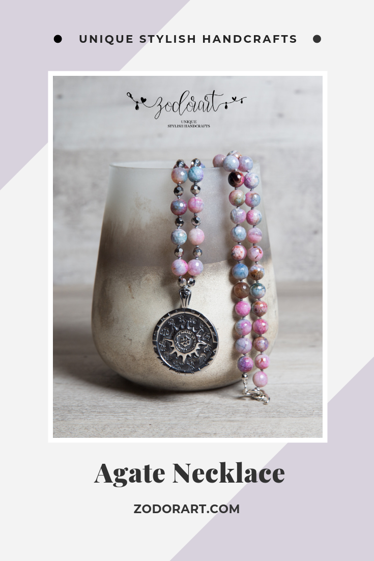 Necklace agate beads in different shades of pink with pendant