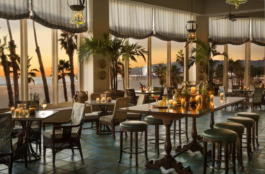 Top 10 Hotels In Los Angeles With Proposal Worthy Views Los Angeles Hotels Santa Monica Hotels Los Angeles Restaurants