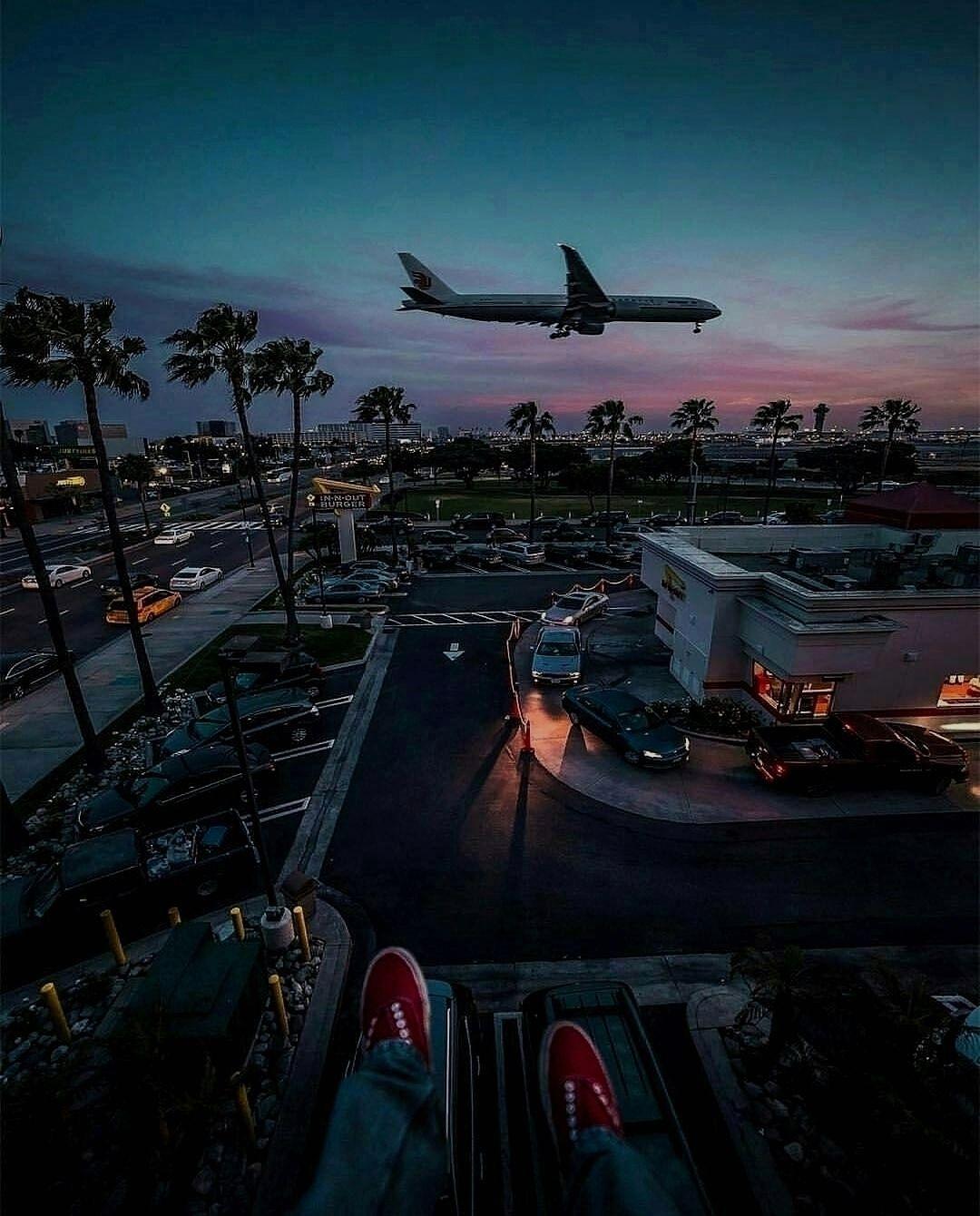 Wanderlust Los Angeles On Instagram Wanderlust Los Angeles Enjoy Some Summer Vibes In 2020 Los Angeles International Airport Vacation Places Summer Vibes