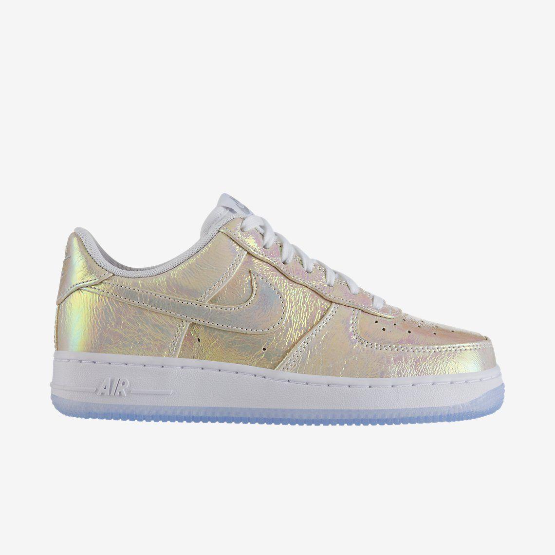 Nike Air Force 1 07 Premium Women's Shoe. Nike Store SE