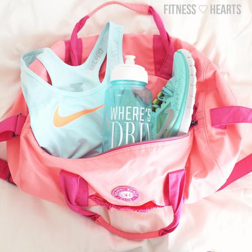Výsledek obrázku pro workout clothes tumblr