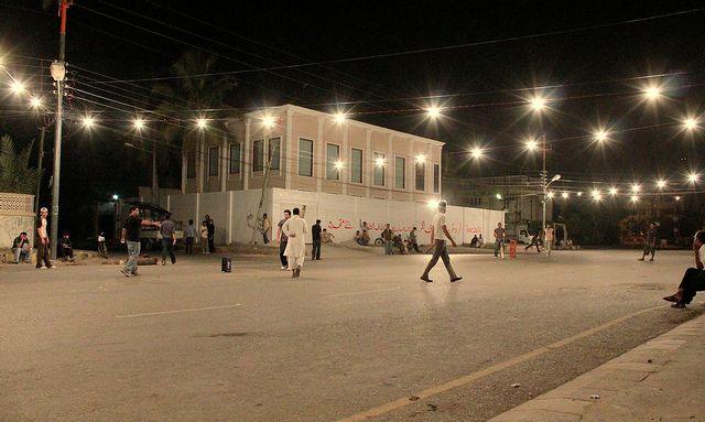 Night Cricket on Streets of Karachi 28-08-10 by Rizwan Quraishi, via Flickr