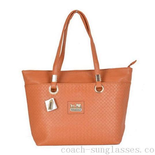 FINAL PRICE  NWT coach set NWT coach tote and wallet bundle Coach Bags  Shoulder Bags 828078b412d10