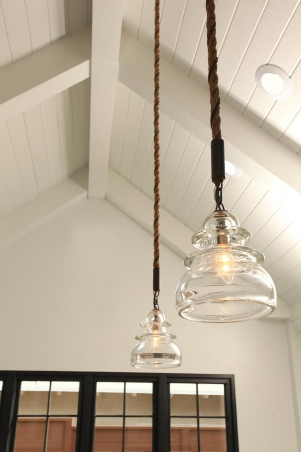 Hgtv Loves The Use Of These Country Style Pendant Lights To