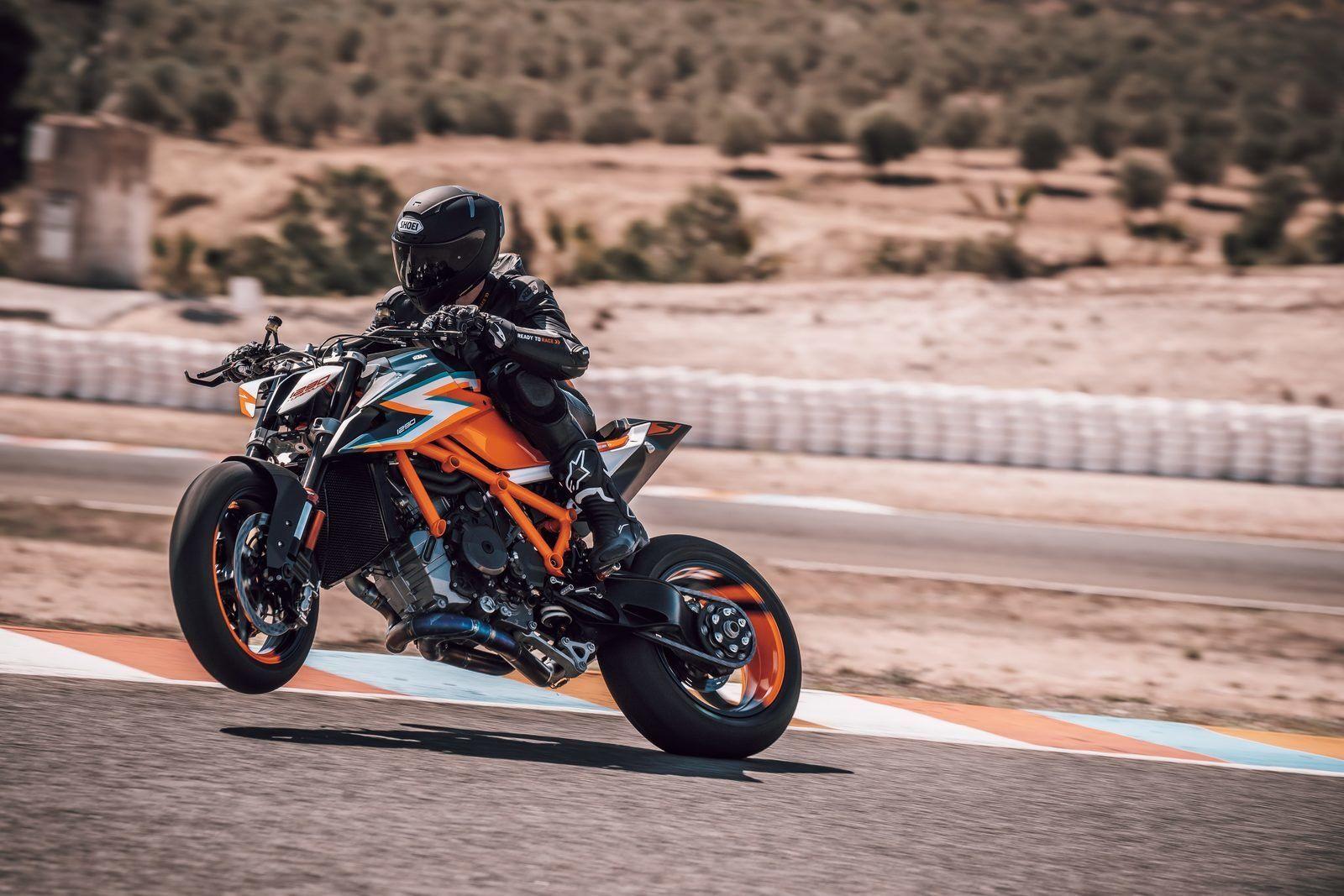 Pin By Rremag On Bikes Ktm Ducati Monster 1200 Ktm Super Duke