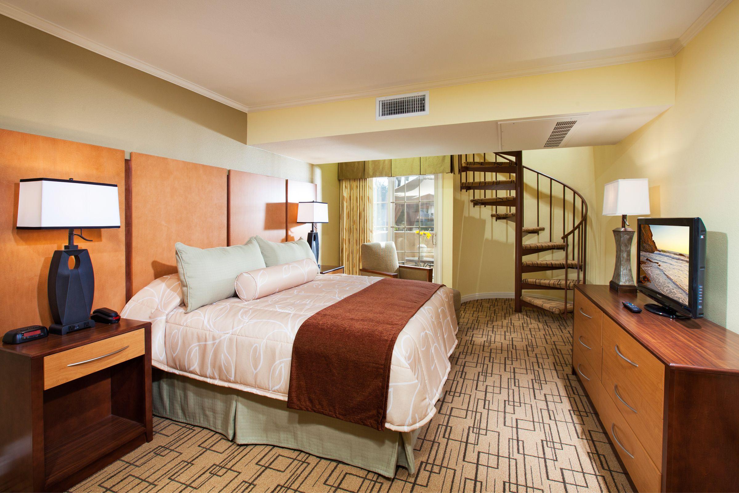 Solana Beach Ca Resorts 2 Bedroom Suites Hotel Living Area