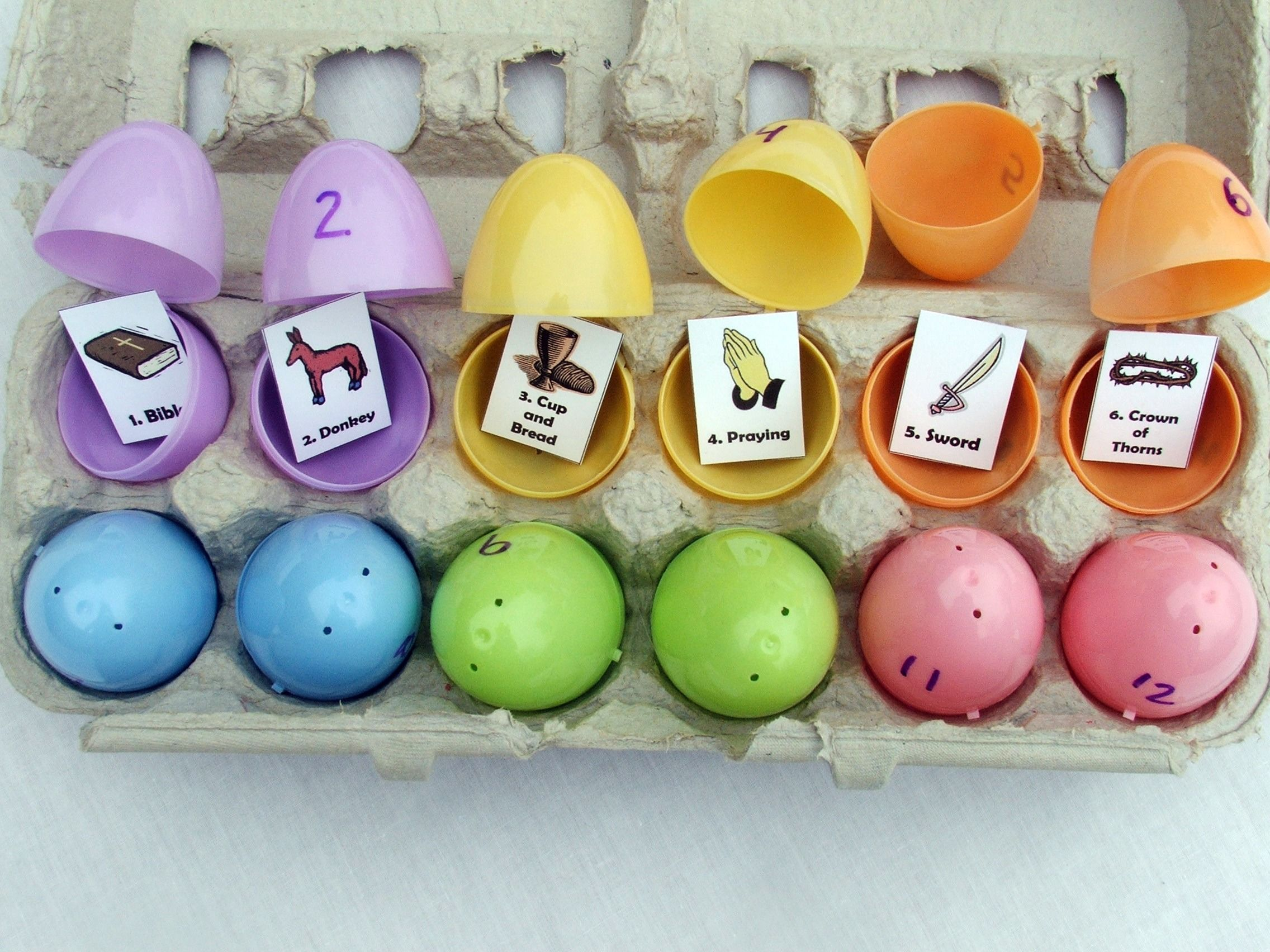 20 Extraordinary Easter Projects | Simple stories, Egg and Easter