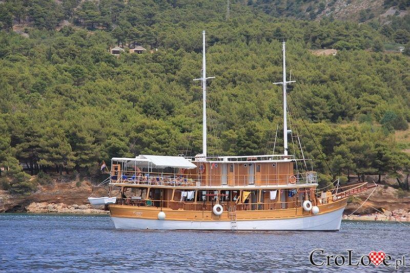 Jachty i statki w Chorwacji || Yachts and boats in Croatia || #Łodzie #Yachts #Croatia #Chorwacja #Hrvtaska || http://CroLove.pl/jachty-i-statki-w-chorwacji-cz-2/