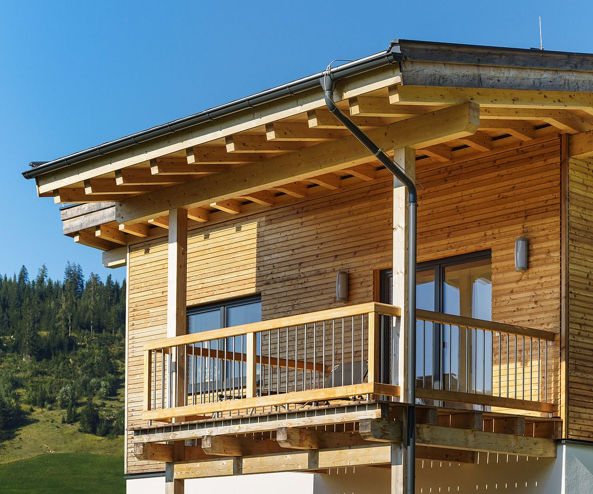 Photo of Fachwerkhaus mit Rautenschalung Lärche